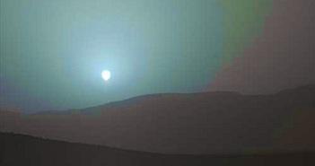 Hoàng hôn trên sao Hỏa có màu xanh