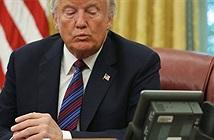Tổng thống Trump chê Trung Quốc thiếu những thiên tài mặc áo ngủ ra đường