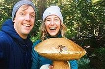 Kỳ lạ cây nấm to hơn đầu người, nặng tới 3kg