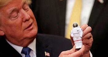Ông Trump quyết tâm đưa người Mỹ trở lại Mặt trăng