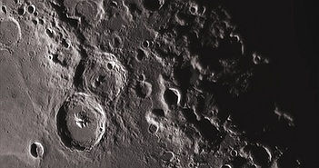 Xôn xao lý thuyết mới về nguồn gốc nước trên Mặt trăng