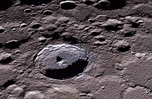 Trung Quốc cho tàu phóng đâm vào Mặt Trăng