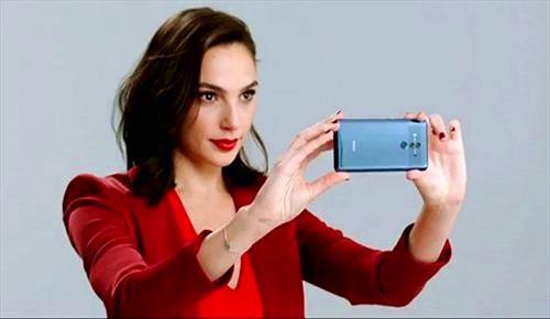 Wonder Woman trở thành giám đốc trải nghiệm đầu tiên của Huawei