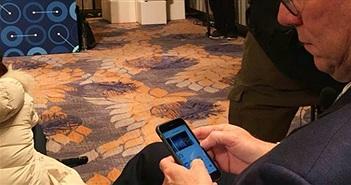 Chủ tịch của Google bị bắt gặp sử dụng iPhone 6s