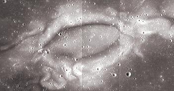 Vết tích kinh hoàng gió Mặt trời để lại trên Mặt trăng
