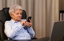Xu hướng người lớn tuổi lên mạng internet và hệ lụy thời @