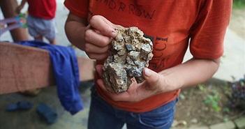 Video: Sự thật về bãi đá quý tiền tỷ ở Yên Bái?