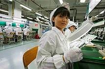 Học sinh TQ bị tuyển dụng chui, ép làm việc qua đêm tại Foxconn
