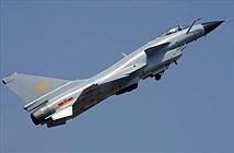 """Báo Trung Quốc: J-10 """"ăn đứt"""" F-16 Mỹ, Typhoon châu Âu"""
