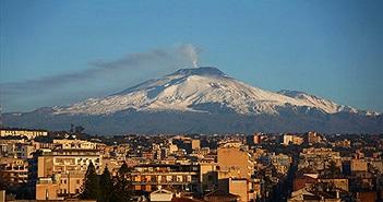 """Châu Âu nín thở trước quả bom nước """"Núi Etna"""" treo lơ lửng trên đầu"""