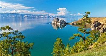 Những bí ẩn xung quanh Hồ nước ngọt sâu nhất hành tinh