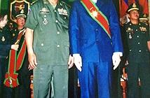 Đại tướng quân hai lúa Việt được Campuchia cấp xe hơi, biệt thự hoành tráng