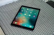 Trên tay iPad Pro: to, không nặng, cầm 1 tay khó, app cần nâng cấp