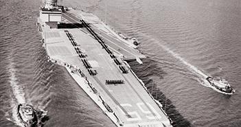 Tường tận tàu sân bay độc nhất có 2 lò phản ứng hạt nhân