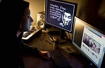 """Anonymous """"hỏi thăm"""" Chính phủ Thụy Điển"""