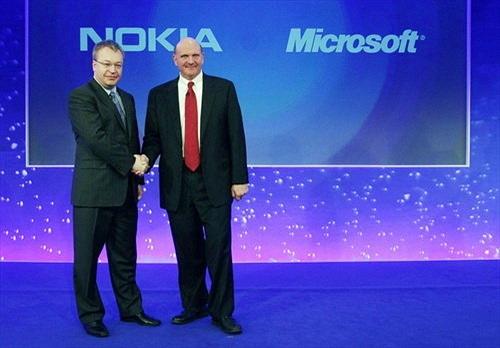 Nokia lo ngại về liên minh Google - Motorola