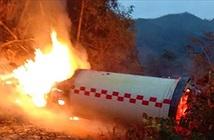 Ống phóng tên lửa đẩy Trung Quốc rơi xuống đất phát nổ