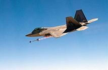 Thất kinh: Sau 11 năm, F-22 mới dùng được tên lửa AIM-9X