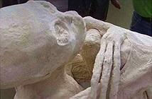 Bí ẩn xác ướp có 3 ngón tay nghi người ngoài hành tinh