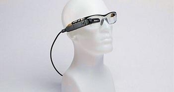 Chiếc kính thông minh này sẽ thay thế được cả laptop nhờ tích hợp Windows 10