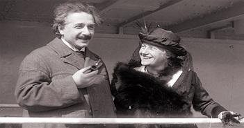 """9 """"bí mật"""" về Albert Einstein"""