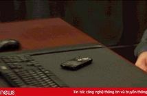 Tại sao trong phim các điệp viên thường phá hủy thẻ SIM trước khi vứt điện thoại?