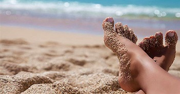Không còn mang cả tấn cát về nhà sau chuyến du lịch biển với những mẹo vặt sau