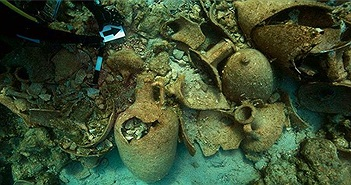 Phát hiện xác tàu buôn hơn 2.000 năm chìm dưới biển Hy Lạp