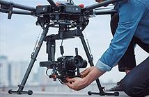 Panasonic công bố máy quay video Micro Four Thirds BGH1 khối vuông nhỏ xíu
