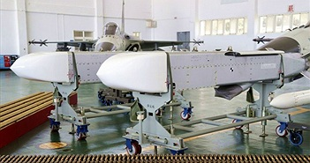 Không quân Đài Loan phóng thử tên lửa hành trình Vạn Chiến đáng gớm