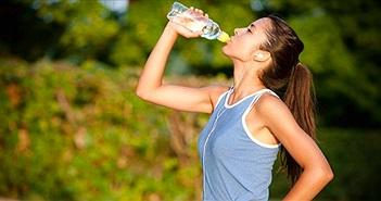 Những hiểu sai cực nổi tiếng và dai dẳng về uống nước