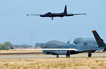 Tống A-10 và U-2 về vườn, Mỹ rót tiền cho vũ khí nào?