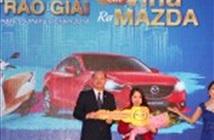 """VinaPhone khép lại chương trình """"Cào Vina – Ra Mazda"""", trao xe cho khách hàng"""