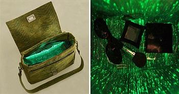 Túi xách phát sáng bên trong giúp tìm đồ khi trời tối