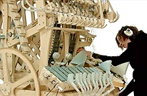 Wintergartan Marble: Máy phát nhạc tạo ra giai điệu nhờ 2.000 viên bi