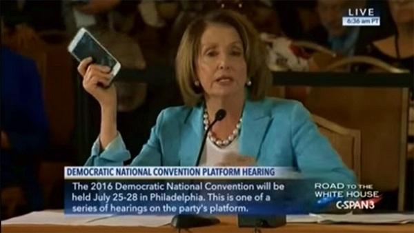 Không phải Steve Jobs, chính phủ Mỹ mới là người phát minh ra iPhone
