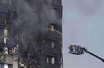 Facebook gây loạn thông tin vụ cháy chung cư ở London