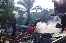 Tiêm kích BAE Hawk 209 của Không quân Indonesia đâm thẳng vào nhà dân