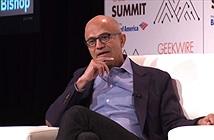 CEO Microsoft nói với người dùng iPad: Hãy sắm một chiếc máy tính thực thụ