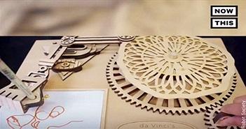 Cận cảnh cỗ máy vẽ tranh của Leonardo da Vinci được hiện thực hóa!
