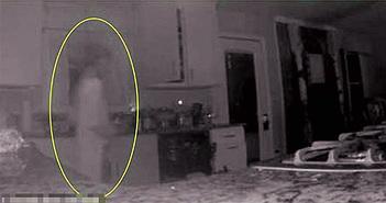 Mẹ thấy bóng ma của con trai qua camera an ninh