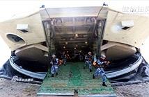 Soi tàu đổ bộ đệm khí lớn nhất thế giới của Trung Quốc