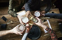 Uống trung bình 5 ly bia mỗi tuần sẽ làm bạn giảm tuổi thọ