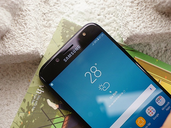 Đặt mua Galaxy J7 Pro tại FPT Shop nhận ngay máy in màu HP