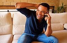 Nghe thấy tiếng cười khiến chúng ta muốn cười theo, vì sao thế nhỉ?