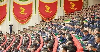 """Lai lịch """"gây sốc"""" khẩu súng ngắn biểu tượng của CNQP Triều Tiên"""