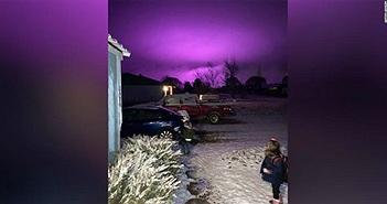 Bầu trời đột nhiên tím ngắt ở Arizona