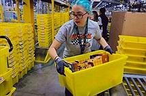 Nhân viên nhà kho của Amazon phải đi vệ sinh vào chai vì sợ bị phạt