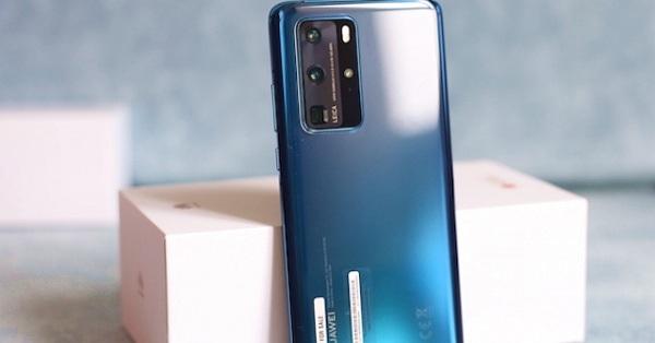 """""""Đập hộp"""" Huawei P40 Pro phiên bản xanh biển sâu với mặt kính bóng"""