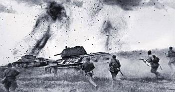 Tình bạn bền vững giữa bộ binh tùng thiết và xe tăng